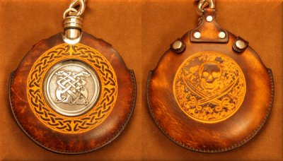 Flask Pouch with Skull