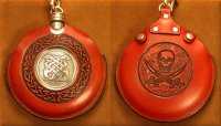 Flask Pouch Skull in Red