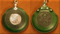 Flask Pouch Skull in Green