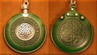 Flask Pouch Celtic Knot in Green