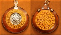 Flask Pouch Celtic Knot in Tan & Chocolate