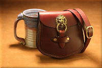 Lion's Head Shoulder Bag Burgundy