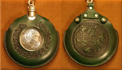 Flask Pouch Epona (Horse) in Green